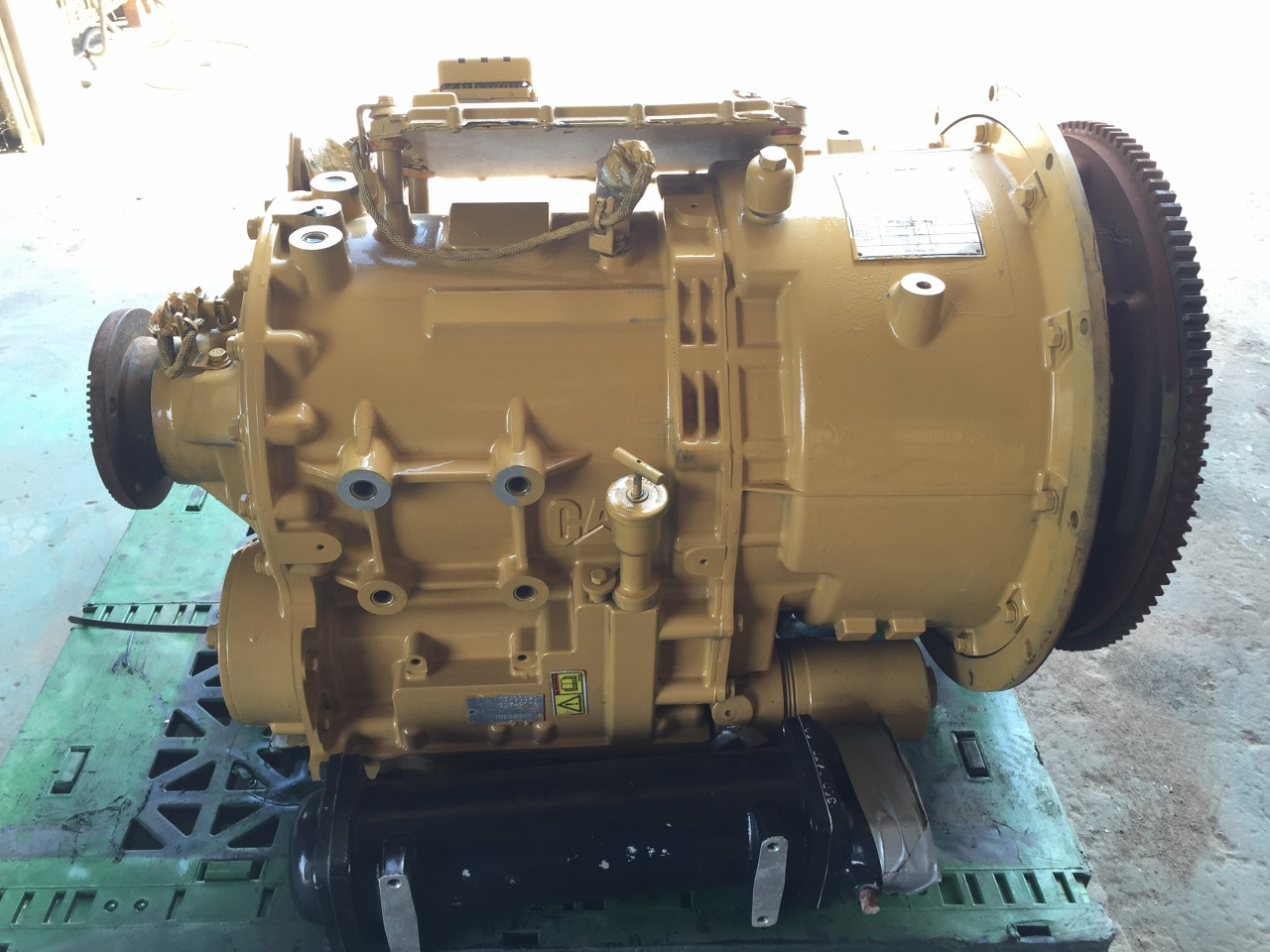 2008 new caterpillar transmission built for c 9 cat for New motor and transmission