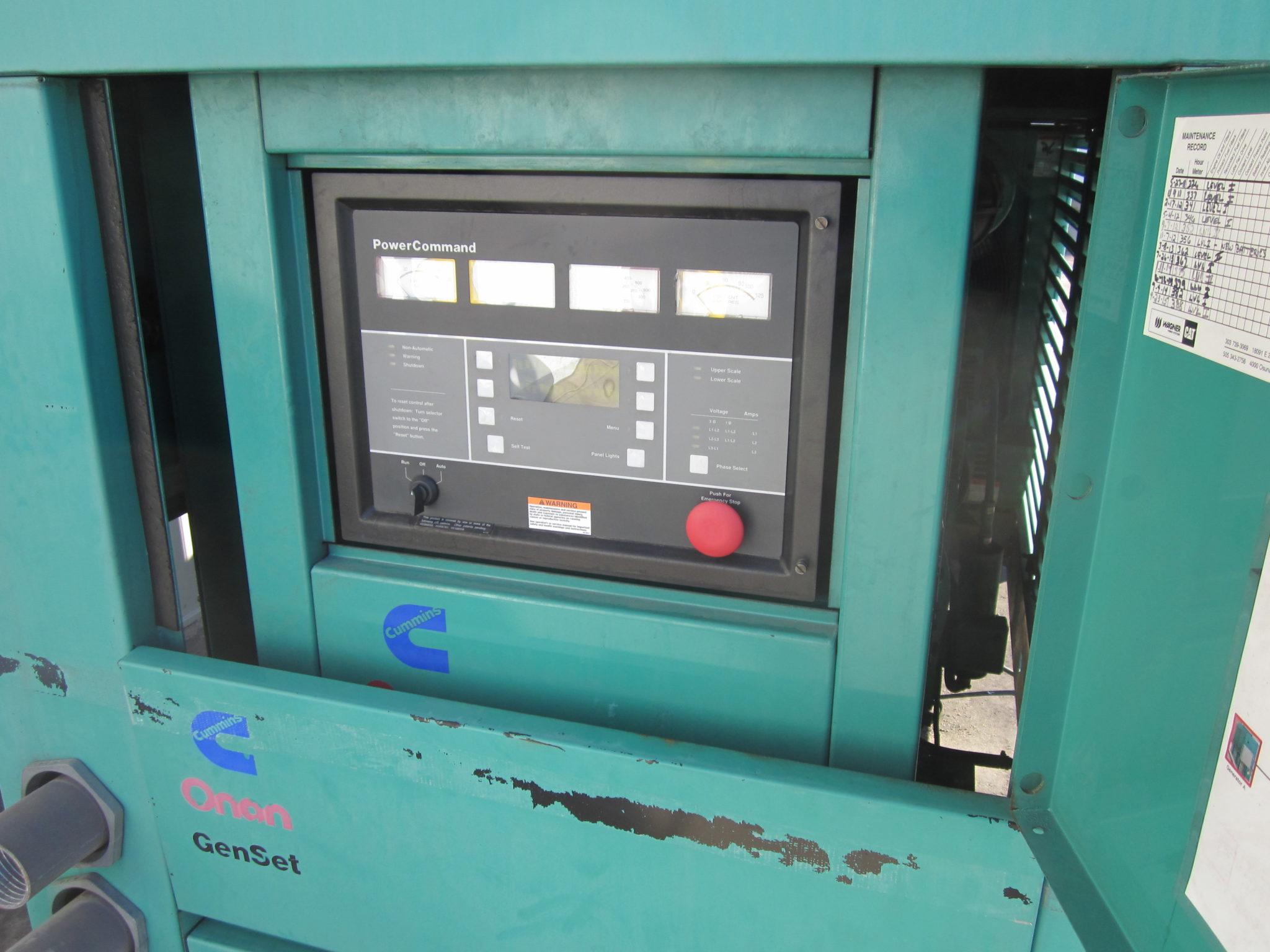 _400 kW Cummins Onan Generator, 650 Gallon Base Fuel Tank, 12 Lead  Reconnectable