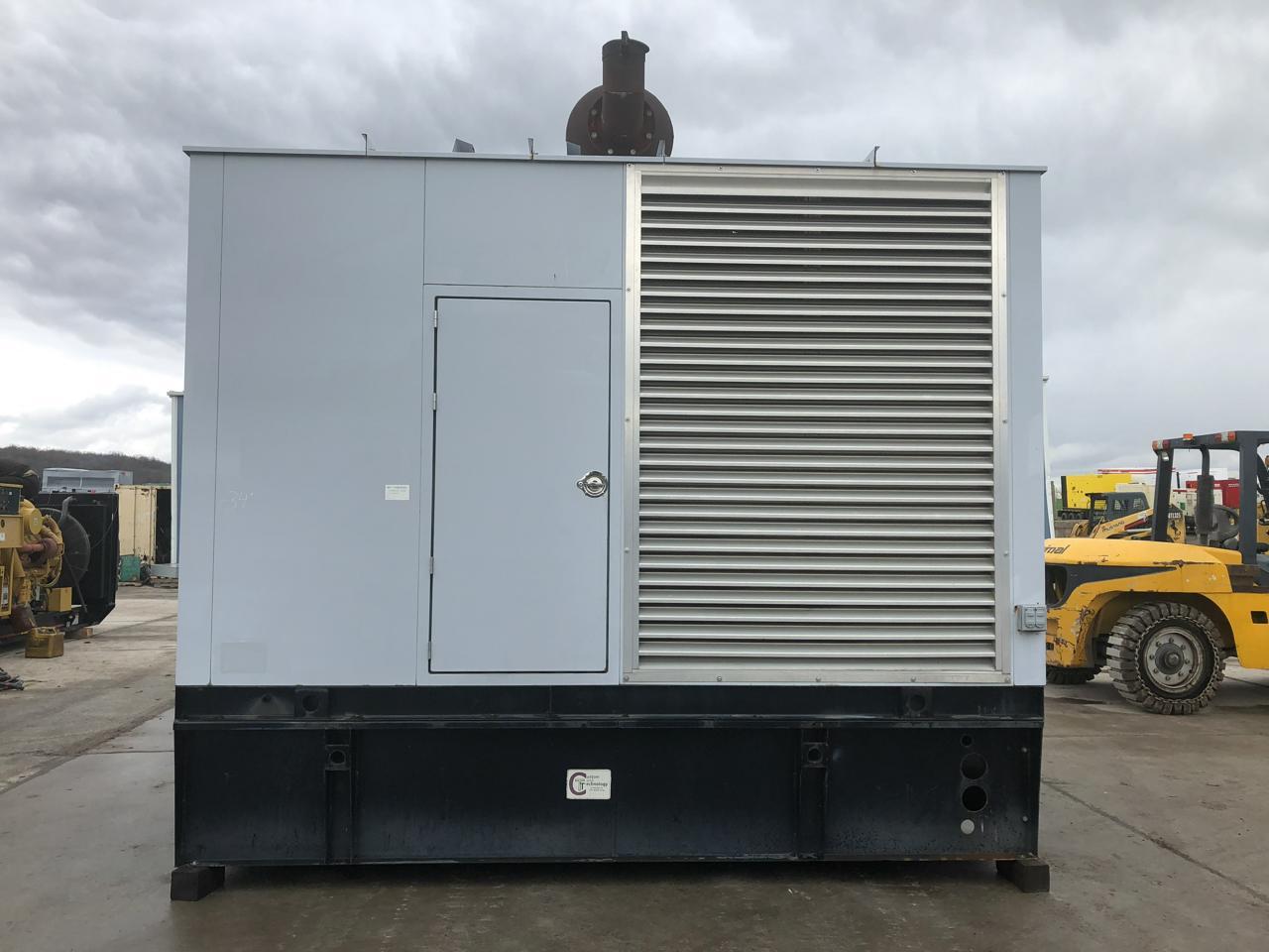 _510 kW Spectrum/Detroit Generator Set, Base Fuel Tank, 12 Lead ...